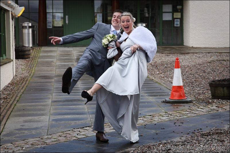 Wedding photograph Eilean Donan Castle-16