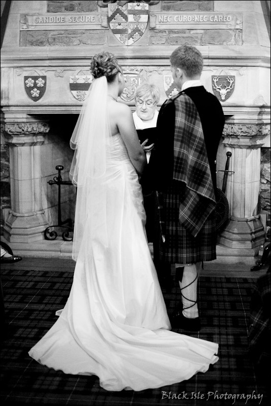 Wedding photograph Eilean Donan Castle-1