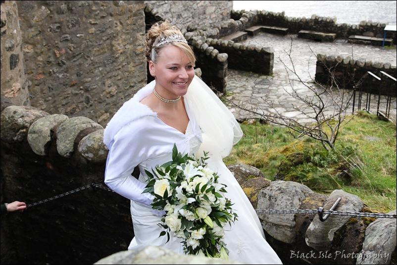 Wedding photograph Eilean Donan Castle-20