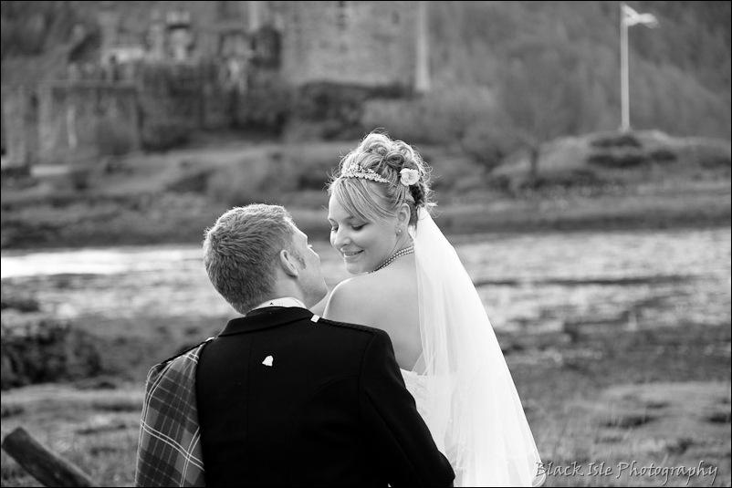 Wedding photography Eilean Donan Castle-33
