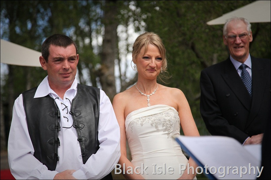 wedding photograph Loch Insh watersports Centre-10