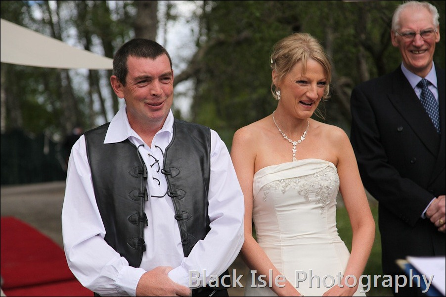 wedding photograph Loch Insh watersports Centre-11