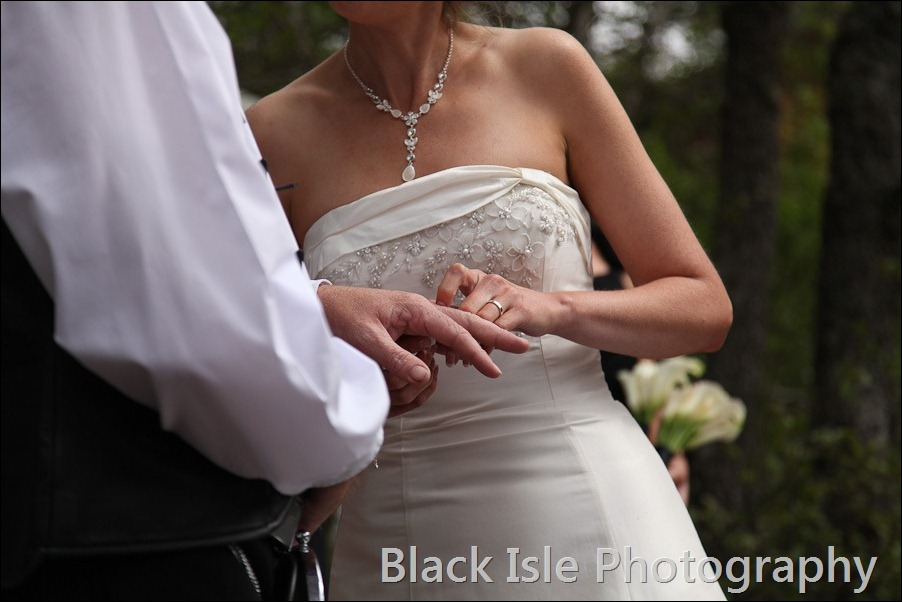 wedding photograph Loch Insh watersports Centre-17