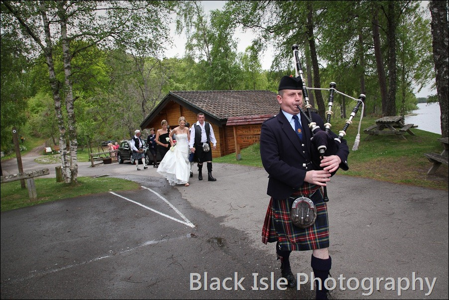 wedding photograph Loch Insh watersports Centre-20