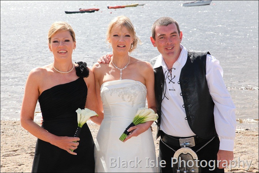 wedding photograph Loch Insh watersports Centre-22