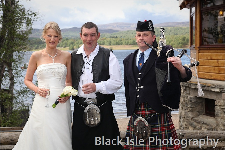 wedding photograph Loch Insh watersports Centre-26