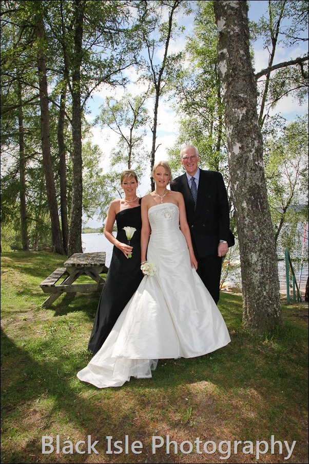 wedding photograph Loch Insh watersports Centre-4