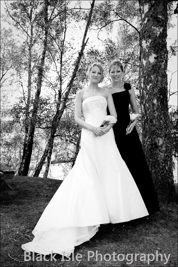 wedding photograph Loch Insh watersports Centre-7