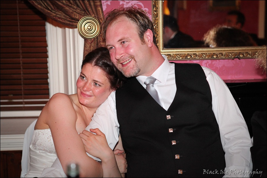 Wedding photography ar Eilean Donan Castle, Highlands, Scotland-24