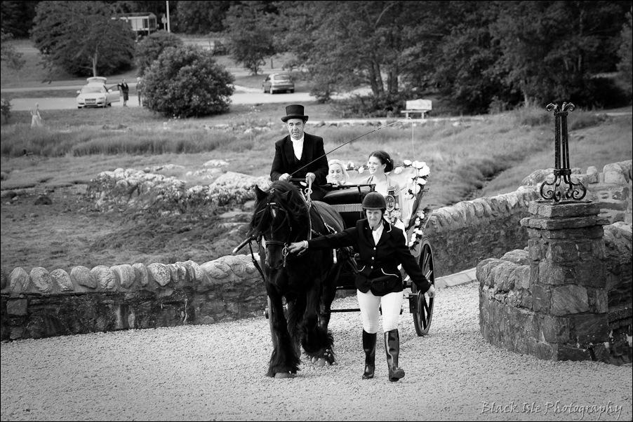 Wedding photography ar Eilean Donan Castle, Highlands, Scotland-4