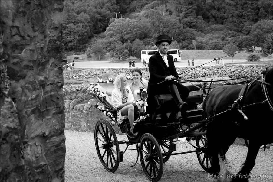 Wedding photography ar Eilean Donan Castle, Highlands, Scotland-5