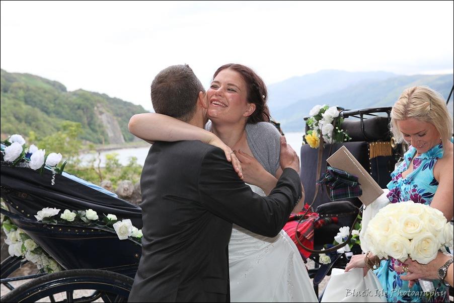 Wedding photography ar Eilean Donan Castle, Highlands, Scotland-6