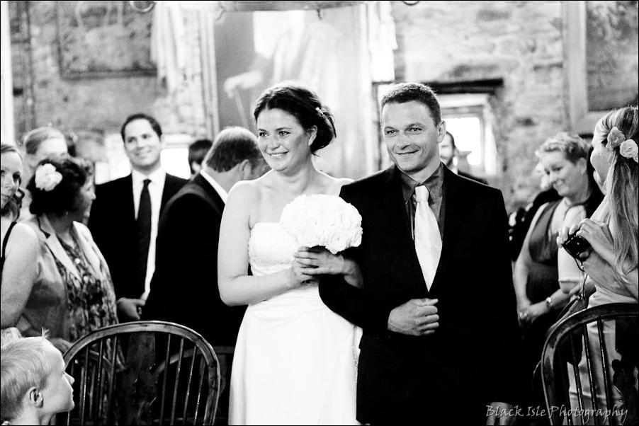 Wedding photography ar Eilean Donan Castle, Highlands, Scotland-8