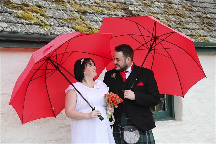 Wedding photograph at Loch an Eilean, Rothiemurchus, Aviemore-4150