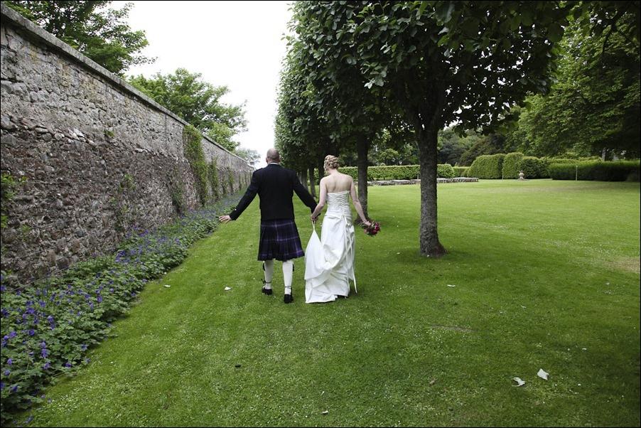 Wedding photography at Dunrobin Castle Scotland-1140