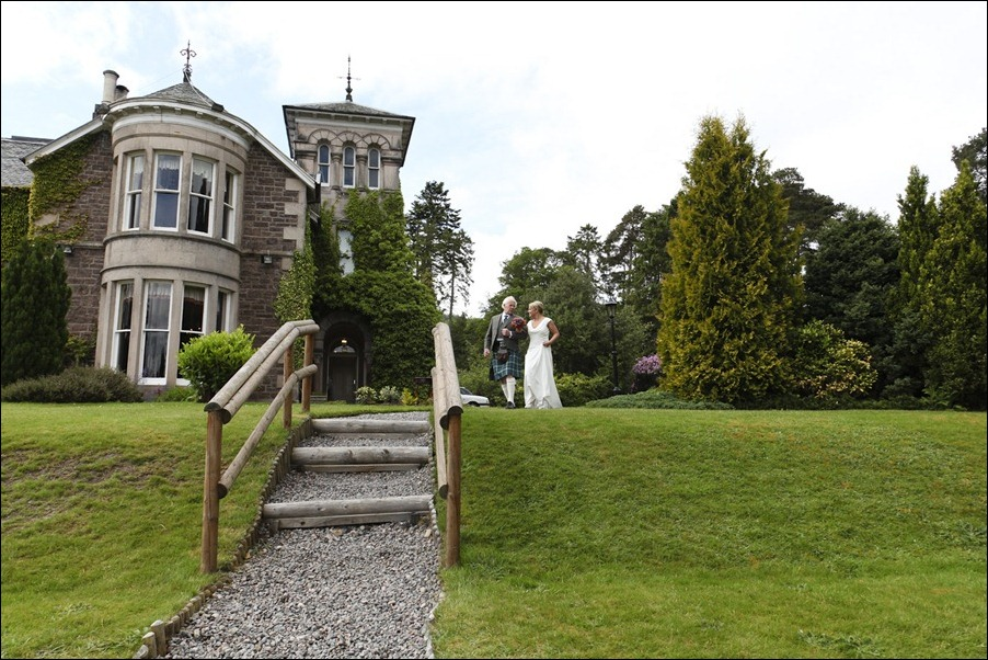 wedding photography at Loch Ness Country House Hotel, Inverness Highlands-1118