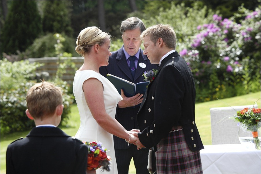 wedding photography at Loch Ness Country House Hotel, Inverness Highlands-1119