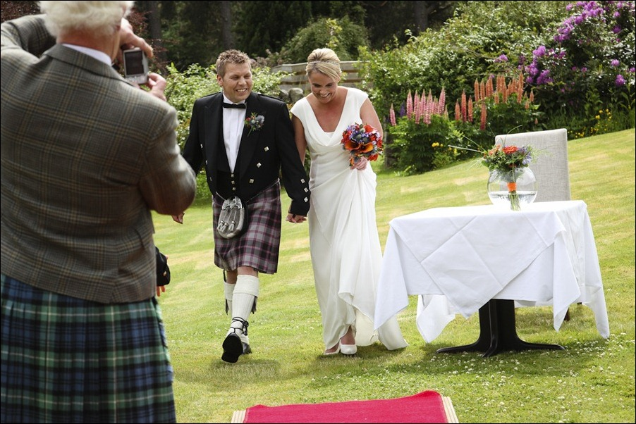wedding photography at Loch Ness Country House Hotel, Inverness Highlands-1123