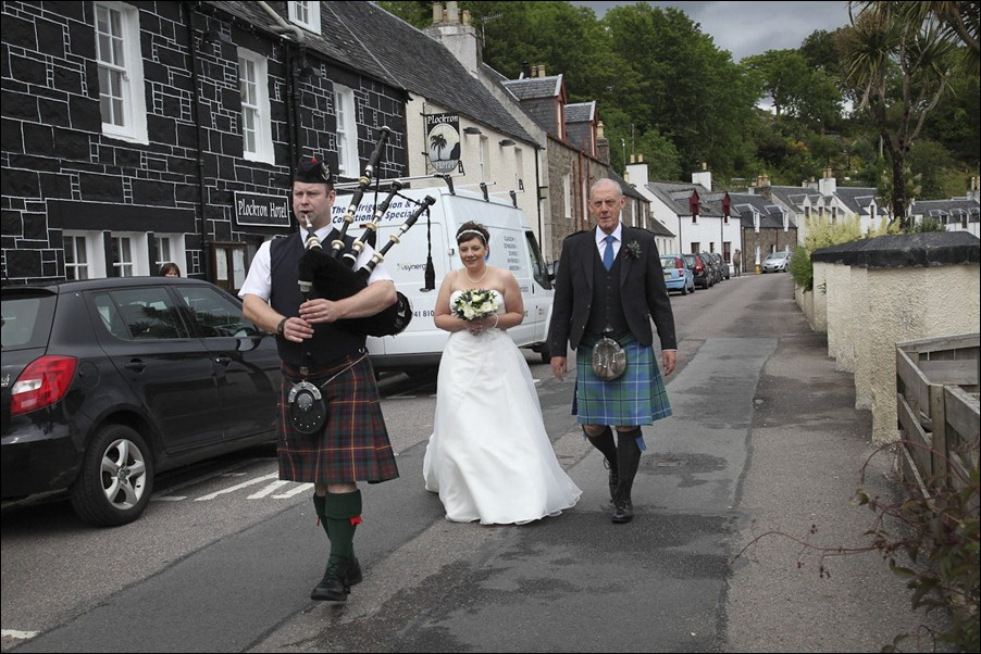 wedding photgraphy on the Sula Mhor sailing out of Plockton, Scotland-8168