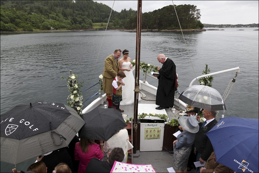wedding photgraphy on the Sula Mhor sailing out of Plockton, Scotland-8325