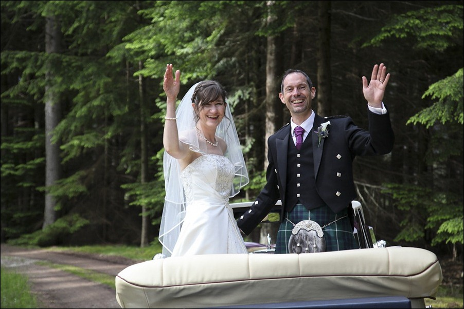 Wedding photograph at Alvie House, Highlands -9433