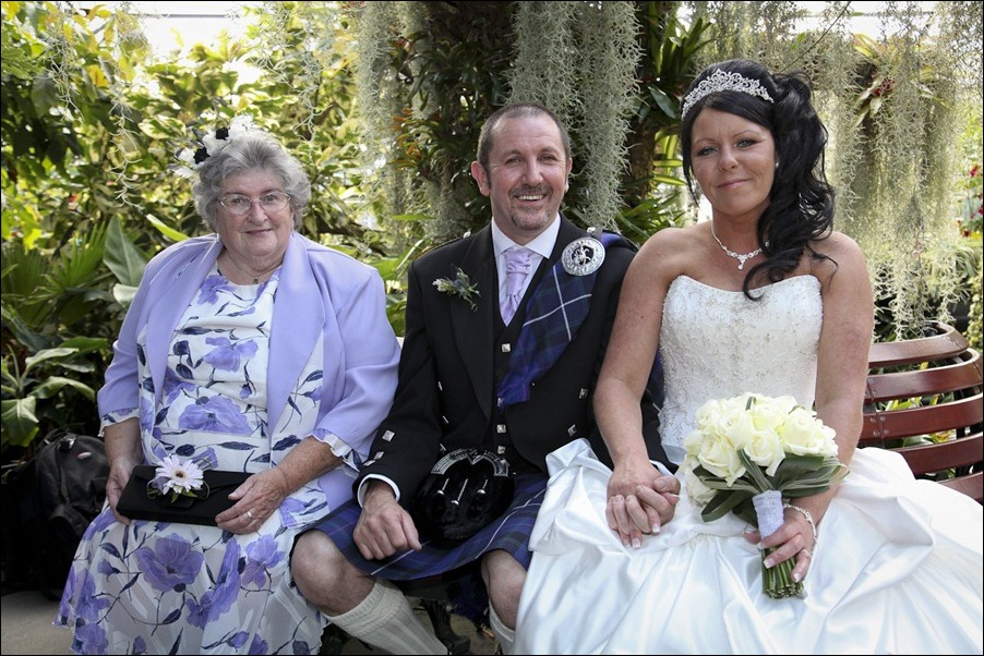 Wedding photograph at the Craigmonie Hotel and the Floral Hall, Inverness-0447