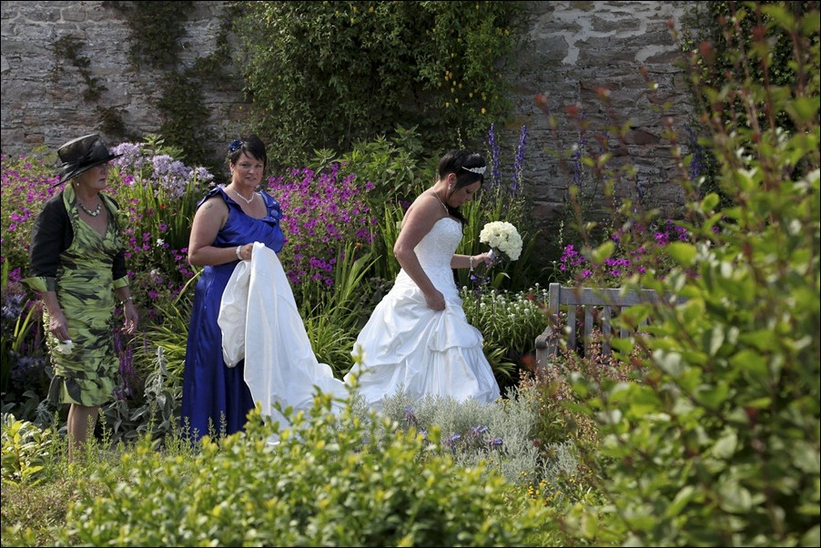 Wedding photograph at the Craigmonie Hotel and the Floral Hall, Inverness-0640