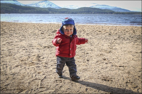 Family portrait photographs at Loch Morlich, Rothiemurchus-5762