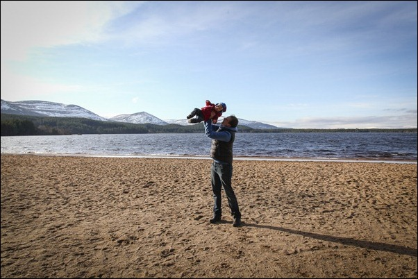 Family portrait photographs at Loch Morlich, Rothiemurchus-5766