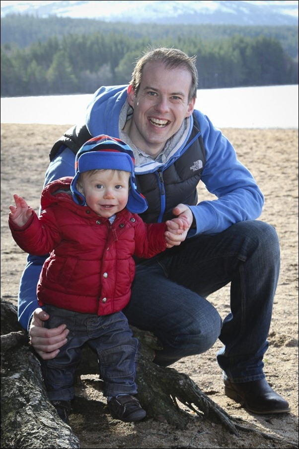 Family portrait photographs at Loch Morlich, Rothiemurchus-5787
