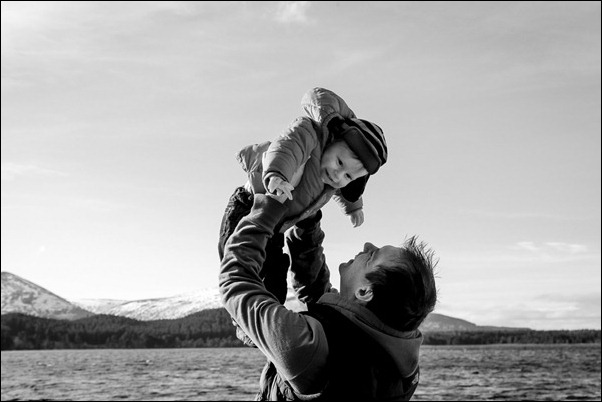 Family portrait photographs at Loch Morlich, Rothiemurchus-5827