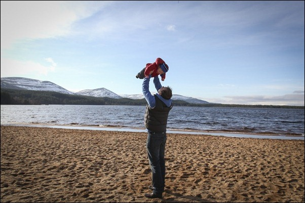 Family portrait photographs at Loch Morlich, Rothiemurchus-5828