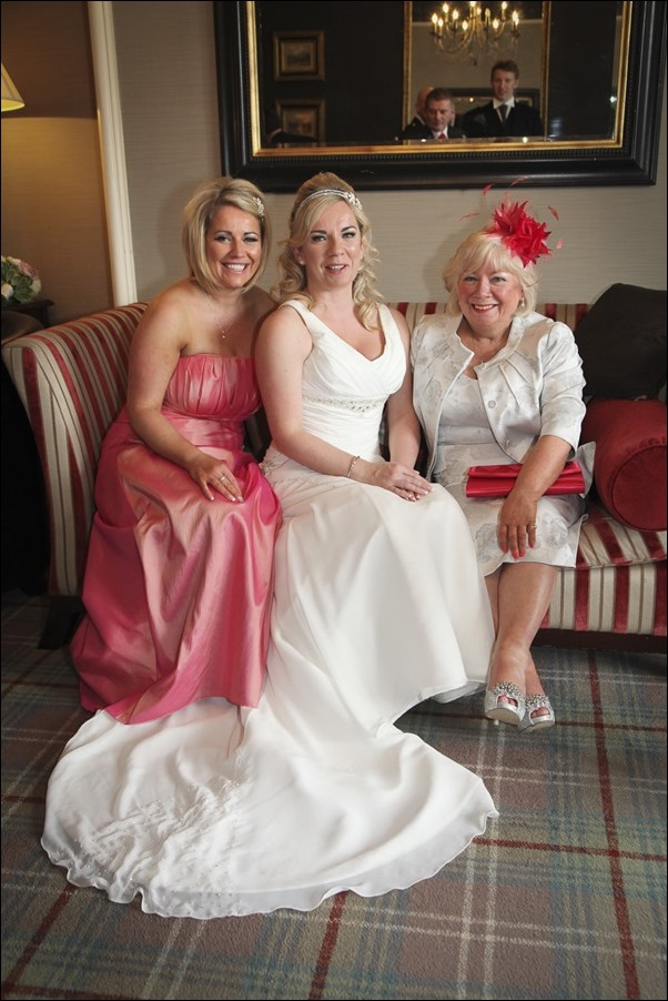 wedding photographs at Loch Ness Country House Hotel-7612-2
