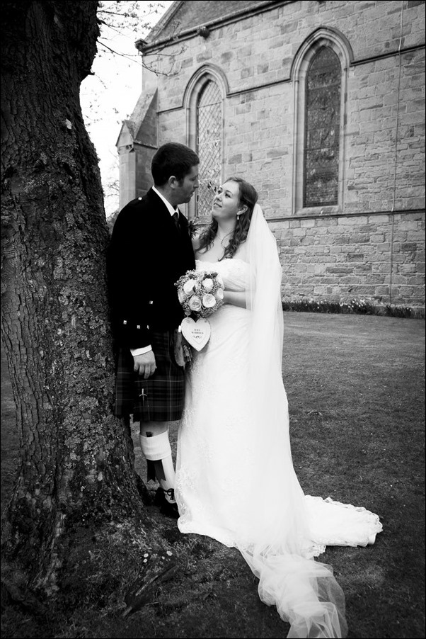 wedding photography at Dornoch Cathedral-9105