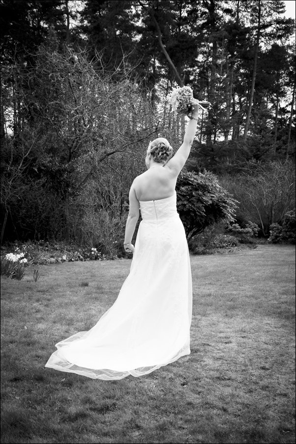 wedding photography at Ness Bank Church and Loch Ness Country House Hotel-8362