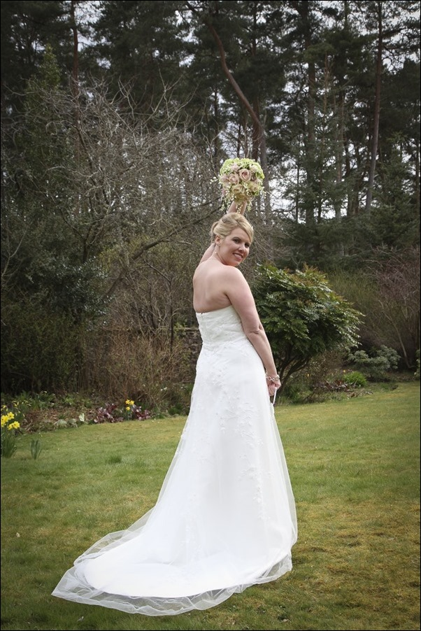 wedding photography at Ness Bank Church and Loch Ness Country House Hotel-8365