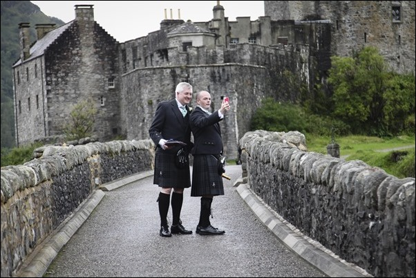 wedding photography at Eilean Donan Castle-0406