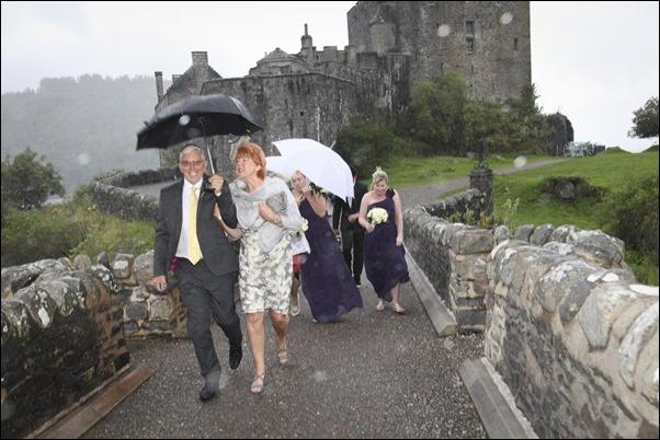 wedding photography at Eilean Donan Castle-0915