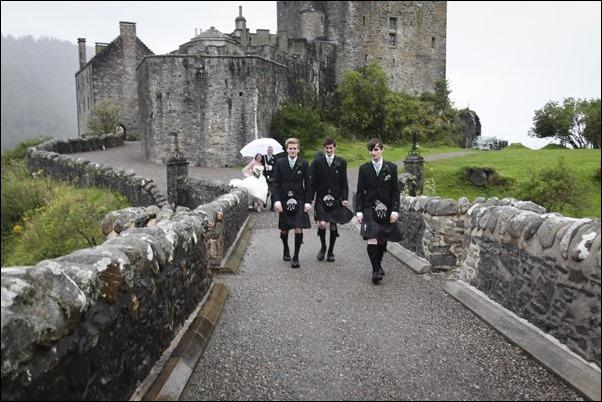 wedding photography at Eilean Donan Castle-0933