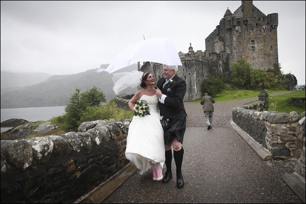 wedding photography at Eilean Donan Castle-0937