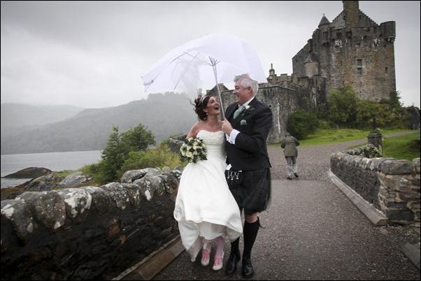 wedding photography at Eilean Donan Castle-0938