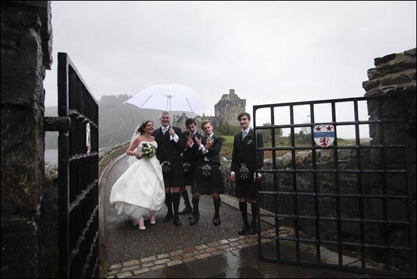 wedding photography at Eilean Donan Castle-0963