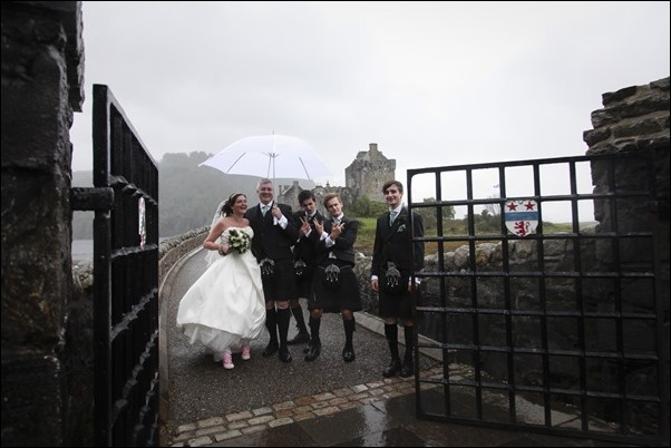 wedding photography at Eilean Donan Castle-0963
