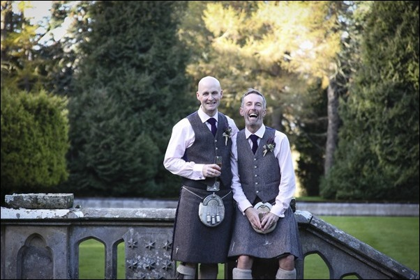 wedding photography at Leys Castle, Inverness, Highland-8642