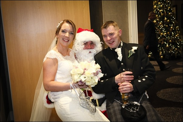 Wedding photographyat Inverness Free Church and Kingsmills Hotel-2393