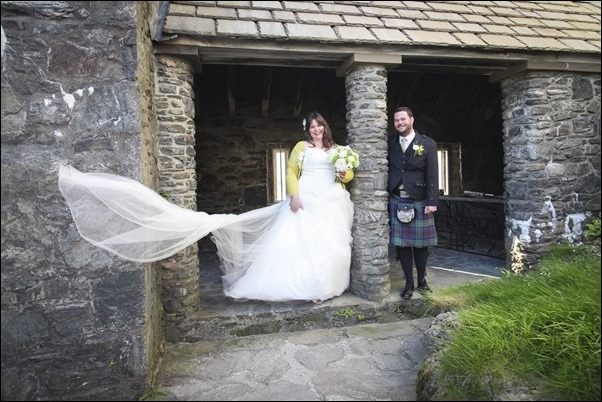 wedding photography at Eilean Donan Castle-4447