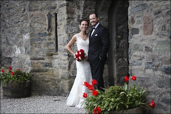wedding photographs of Eilean Donan Castle -9776