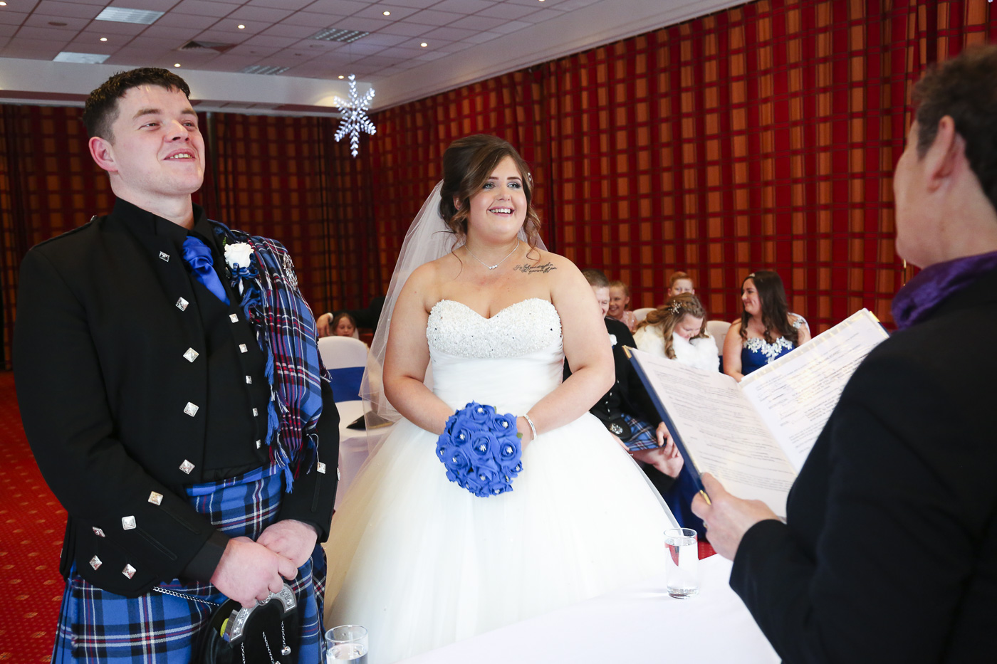 wedding-photography-at-the-hilton-coylumbridge-aviemore-7817