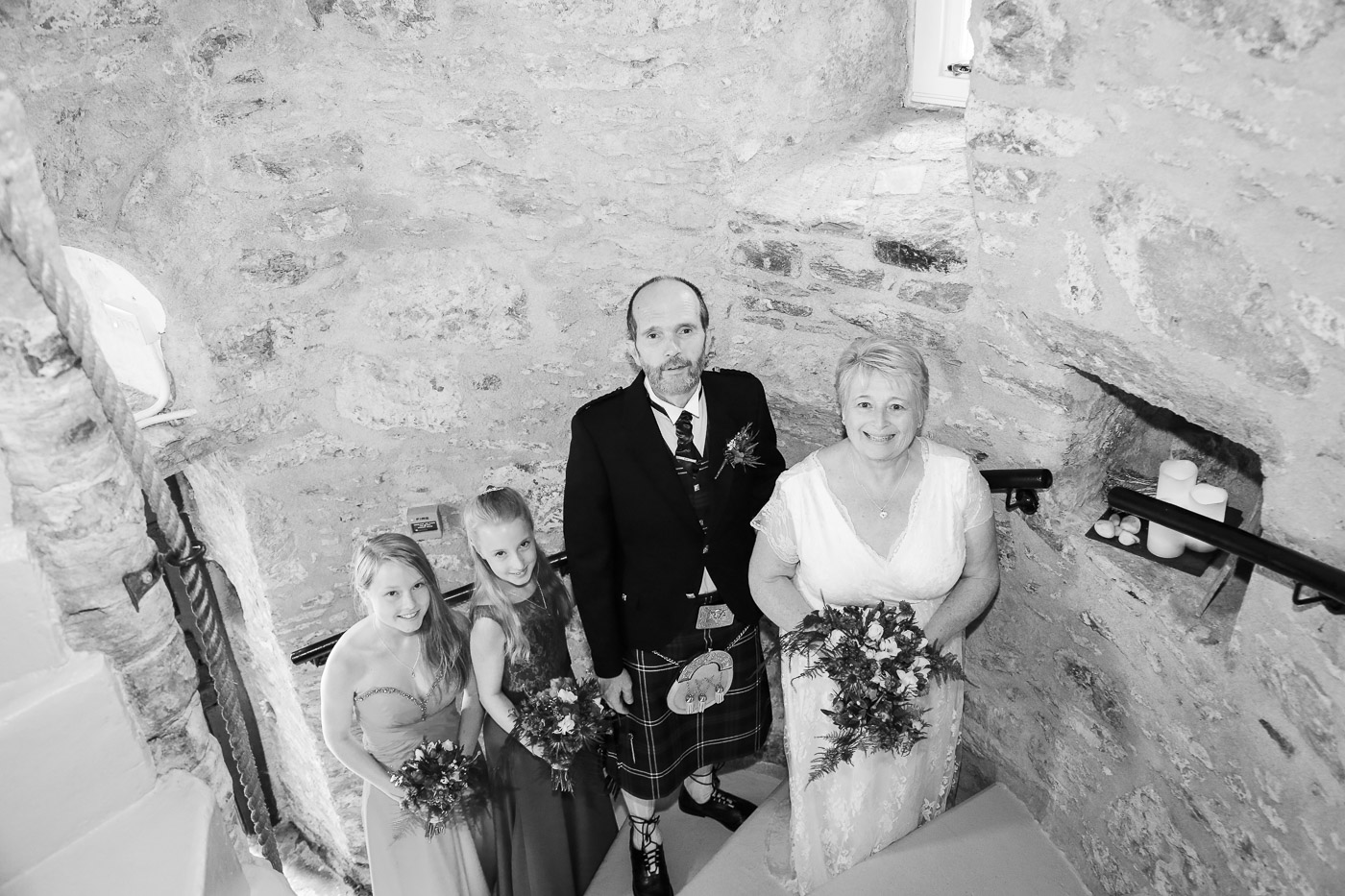 wedding-photography-at-barcaldine-castle-argyll-3071-2