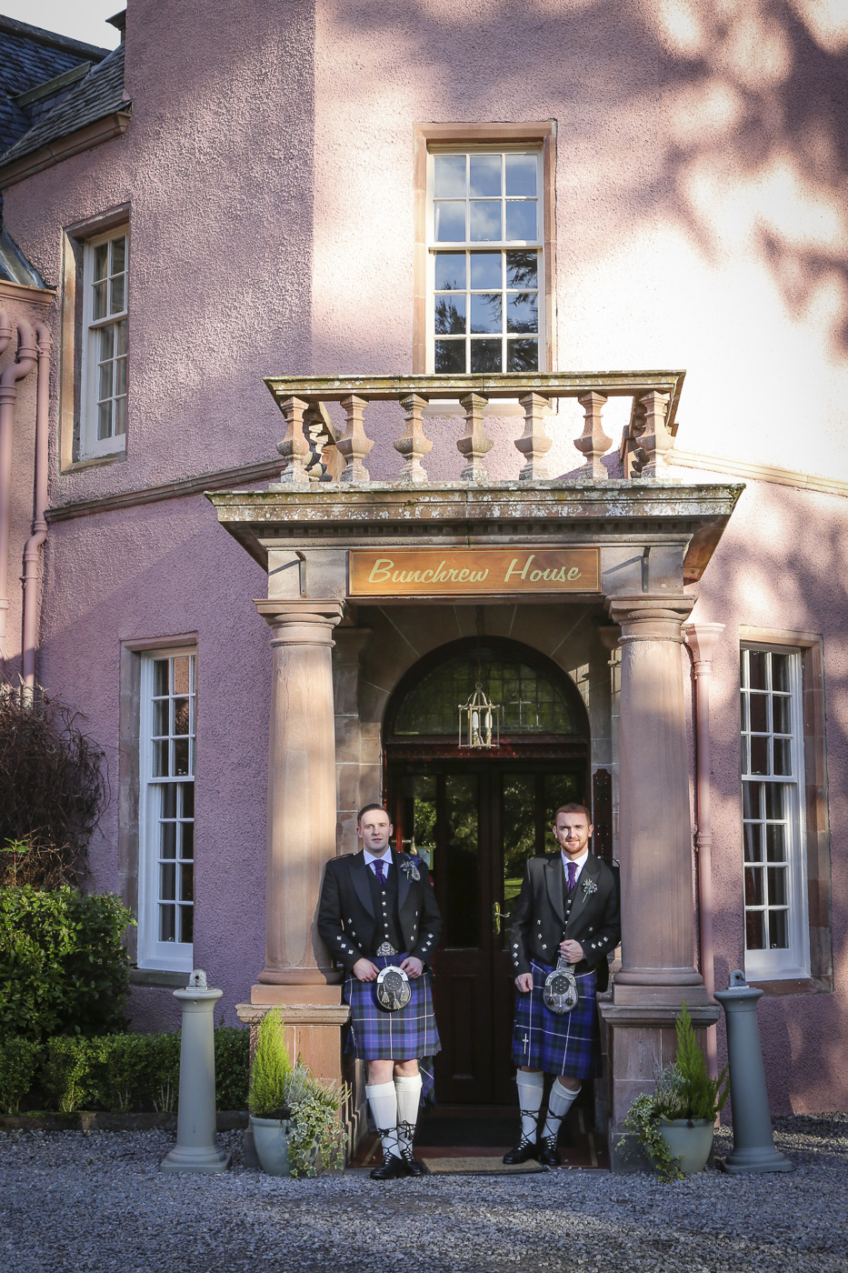 wedding-photography-at-bunchrew-house-inverness-8814